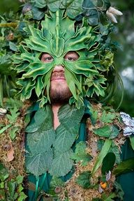 A Green man man - Art Curator & Art Adviser. I am targeting the most exceptional art! Catalog @ http://www.BusaccaGallery.com